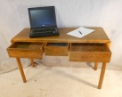ANTIQUE WALNUT DESK BY BRYNMAWR DESIGNER ARTHUR BASIL REYNOLDS c1947-60