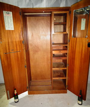 ORIGINAL ANTIQUE COMPACTOM OAK FITTED GENTLEMANS WARDROBE