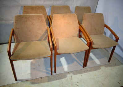 RETRO TEAK SET OF 6 KAI KRISTIANSEN CHAIRS WITH ORIGINAL UPHOLSTERY